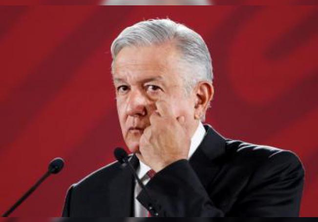 El presidente de México, Andrés Manuel López Obrador, ofrece su conferencia de prensa matutina este lunes, en el Palacio Nacional, en Ciudad de México (México). EFE