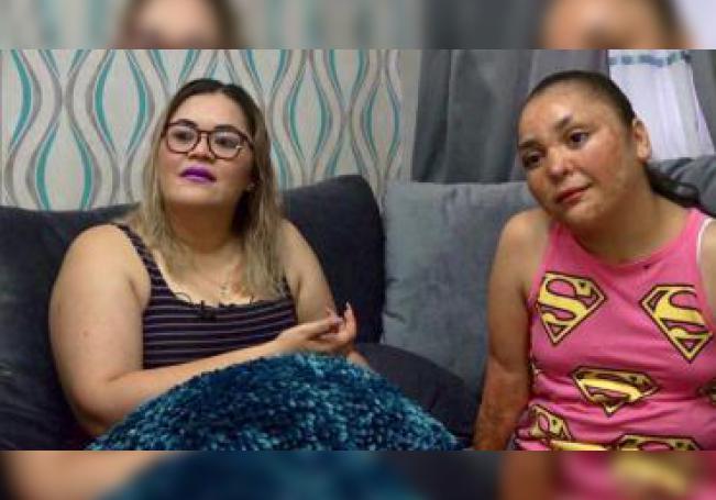 La niña mexicana Danna Paola (dcha) y su madre, Marisol Montaño (izq), hablan durante una entrevista con EFE el pasado 30 de mayo, en Hermosillo (México). EFE/Daniel Sánchez/MÁXIMA CALIDAD DISPONIBLE