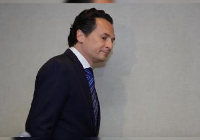 El exdirector de Petróleos Mexicanos (Pemex) Emilio Lozoya a su llegada a una rueda de prensa ofrecida en Ciudad de México. EFE/Archivo