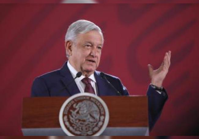 El Presidente de México, Andrés Manuel López Obrador, ofrece su rueda de prensa matutina este viernes, en el Palacio Nacional, en Ciudad de México (México). EFE