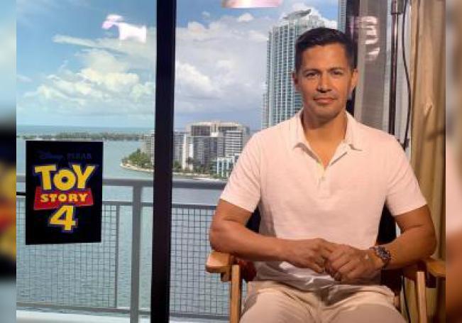 El actor mexicano-estadounidense Jay Hernández habla en entrevista con Efe ayer jueves, 6 de junio de 2019, en Miami, Florida (EE.UU.). EFE