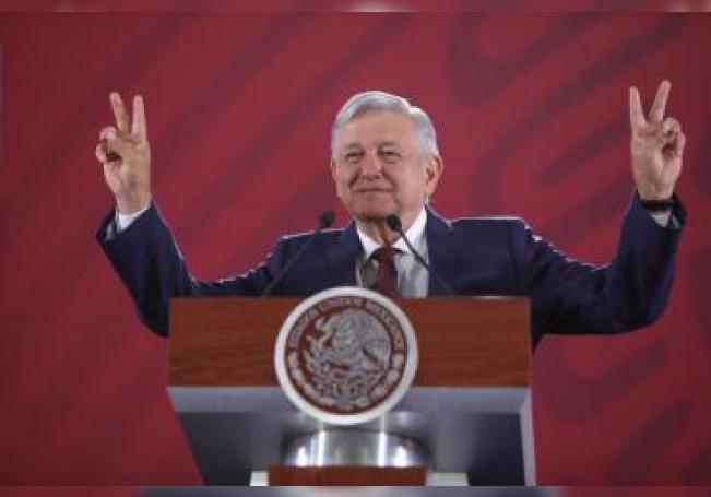 El Presidente de México, Andrés Manuel López Obrador, ofrece su rueda de prensa matutina en el Palacio Nacional, en Ciudad de México (México). EFE / Archivo