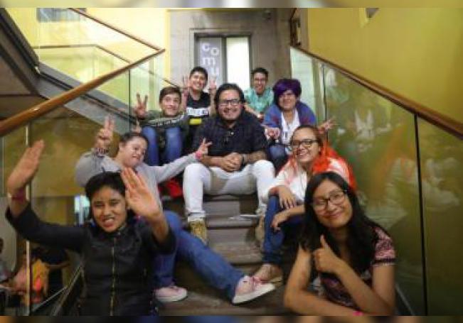 Fotografía fechada el 15 de junio de 2019, que muestra a los integrantes de la banda Rock DI, mientras posan tras un ensayo, en Ciudad de México (México). EFE