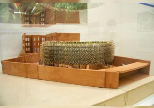 """Vista de una maqueta de """"Hórama Rama"""", un proyecto de los arquitectos Ana Paula Ruiz Galindo y Mecky Reuss del despacho de arquitectos mexicano Pedro & Juana, presentado este jueves en el Museo de Arte Moderno (MoMa) PS1 en el distrito de Queens en Nueva York. EFE"""