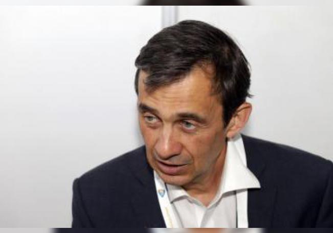Federico Ruiz, director del Observatorio Nacional del 5G, habla este miércoles durante una entrevista con Efe, en Puebla (México). EFE/ Hilda Rios