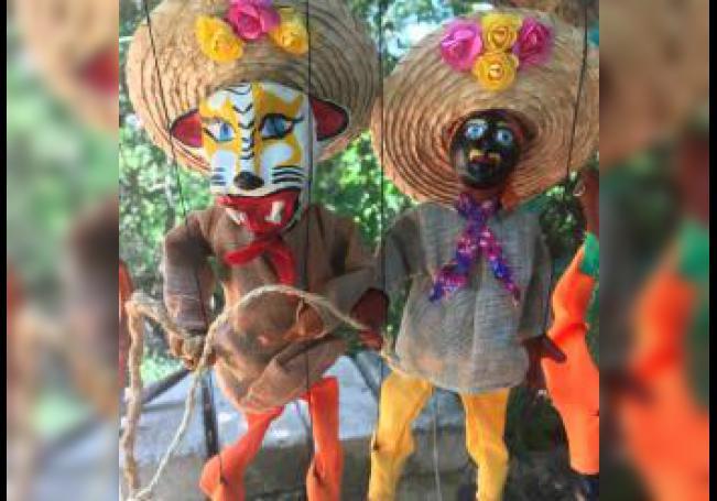 Fotografía donde se observa unos títeres. Los títeres o marionetas son unos muñecos que se mueven por medio de unos hilos y tienen una larga tradición en México. EFE/SOLO USO EDITORIAL