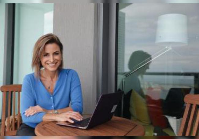 Fotografía cedida por Endeavor donde aparece la emprendedora argentina Silvina Moschini, en Miami (Estados Unidos). EFE/ Kieran Kesner/SOLO USO EDITORIAL