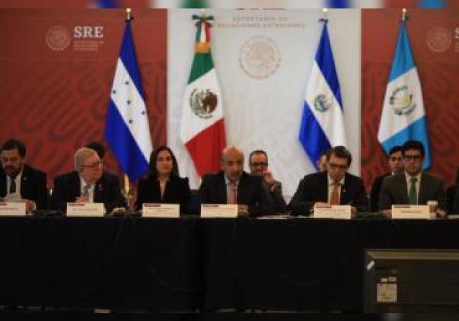 El Gobierno de México pidió este martes a representantes de países, agencias y organizaciones internacionales que respaldan el Plan de Desarrollo Integral entre El Salvador, Guatemala, Honduras y México (PDI) unidad ante expresiones de rechazo y xenofobia. EFE/SRE/SOLO USO EDITORIAL