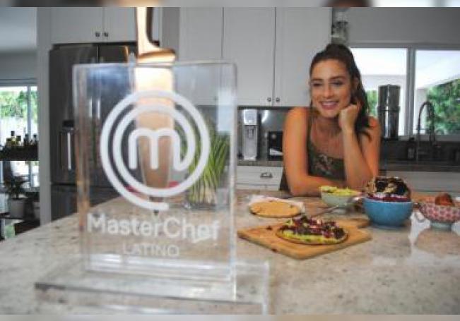 La chef colombiana Lauren Arboleda posa este jueves durante una entrevista con Efe en Miami, Florida (EE.UU.).EFE/Antoni Belchi
