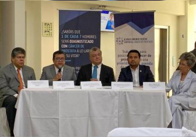 Vista general de la conferencia de prensa este viernes, con especialistas en Cáncer de Próstata, en Ciudad de México (México). EFE/Cristina Sánchez