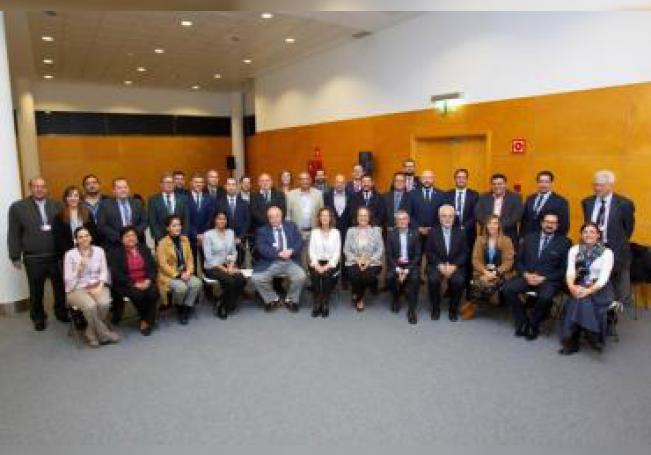 El secretario de Estado de Medio Ambiente del Gobierno de España, Hugo Morán (abajo, 5d); junto a la secretaria general de la Secretaría General Iberoamericana (SEGIB), Rebeca Grynspan Mayufis (abajo, 6d); y la ministra de Agricultura y Sostenibilidad de Andorra, Silvia Calvó (abajo, 7d), este jueves, en una reunión de la Red Iberoamericana de Oficinas del Cambio Climático (RIOCC) durante la celeb