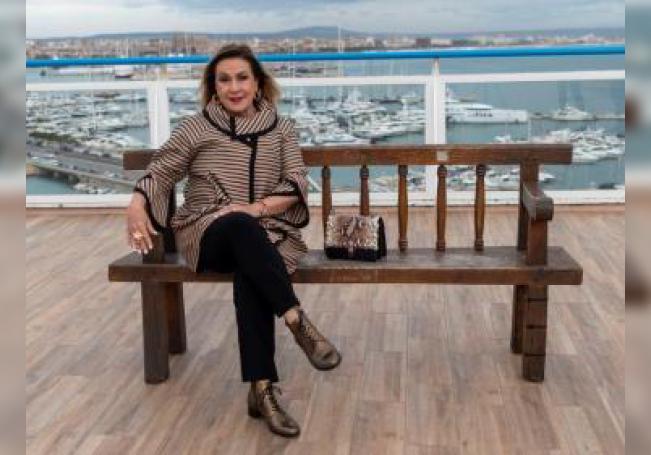 """La actriz y cantante mexicana Laura Zapata posa este viernes en Palma, donde acude al la tercera edición del """"Films Infest """", el festival de cine de autor de Mallorca. EFE/ Cati Cladera"""