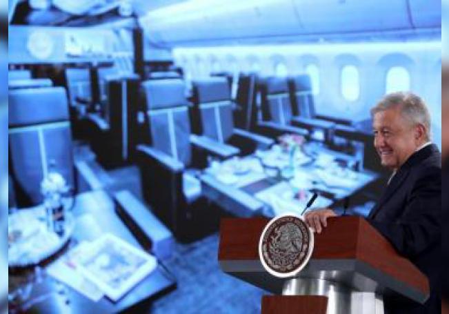 El presidente de México, Andrés Manuel López Obrador, ofrece su rueda de prensa matutina este martes, en el Palacio Nacional de Ciudad de México (México). EFE/ Mario Guzmán
