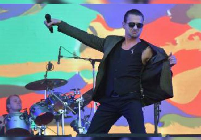 La banda electrónica británica Depeche Mode. EFE/Hugo Marie/Archivo