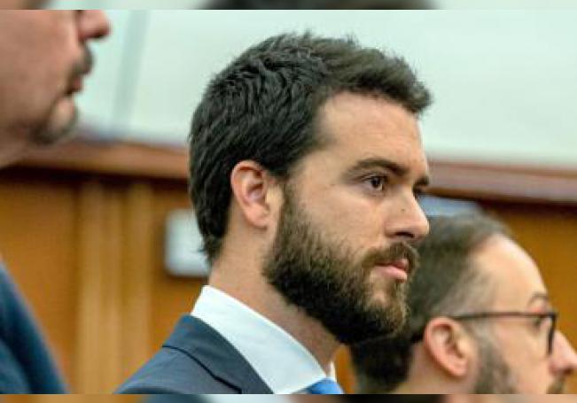 El actor mexicano Pablo Lyle acude a una audiencia en un tribunal de Miami, Florida. EFE/ Giorgio Viera/Archivo