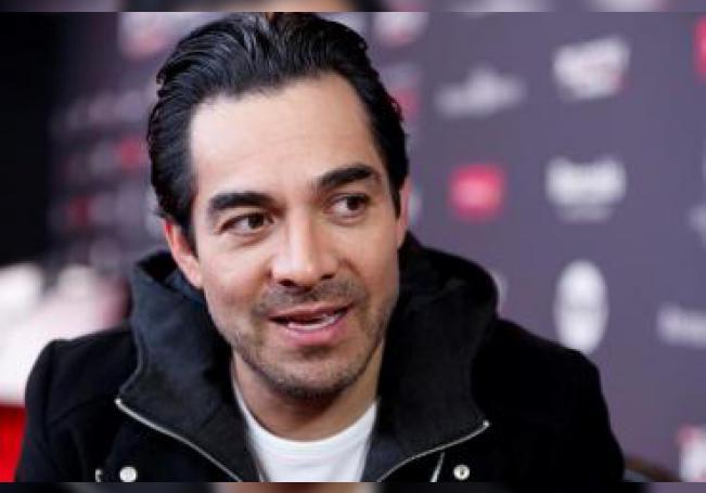 Fotografía fechada el 12 de febrero del 2020, del actor mexicano Omar Chaparro, durante una entrevista con Efe en Ciudad de México (México). EFE/José Méndez