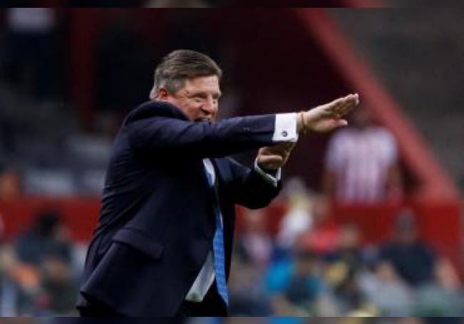 El entrenador de América, Miguel Herrera. EFE/José Méndez/Archivo