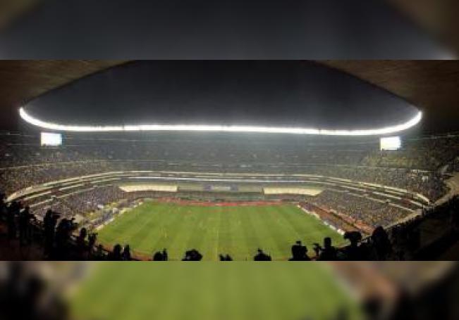 Vista general del estadio Azteca en Ciudad de México (México). EFE/José Méndez/Archivo
