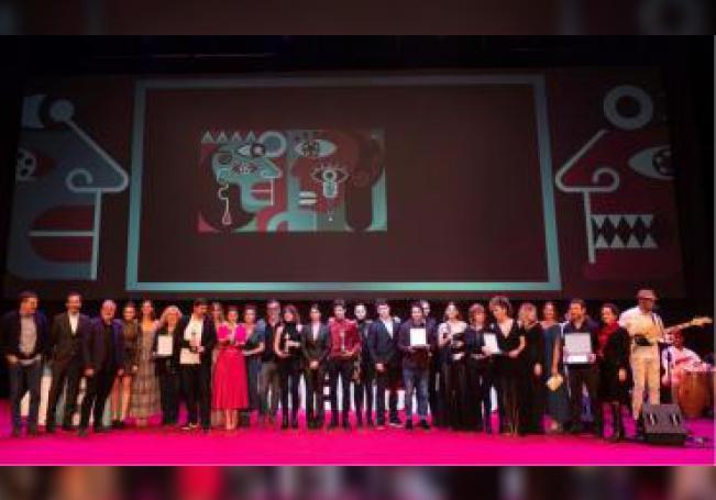 Fotografía de familia de los premiados en la gala de clausura de la 45 Edición del Festival de Cine Iberoamericano de Huelva. EFE/Julián Pérez/ Archivo