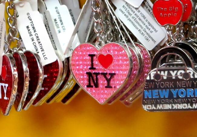 27062020 Fallece creador de I Love NY
