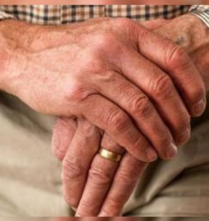 Investigadores de Estados Unidos encontraron nuevas pruebas de que el mal de Parkinson