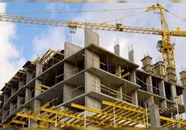 El sector de la construcción representa parte importante del PIB y genera cientos de miles de empleos en todo México.