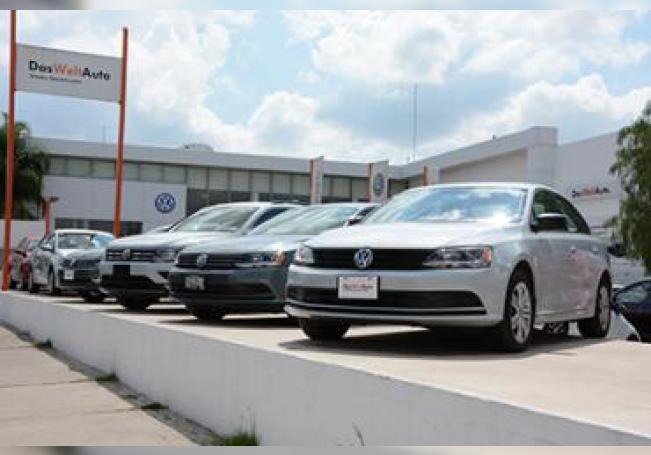 Los vendedores de autos último modelo siguen reportando que las ventas continúan en picada.