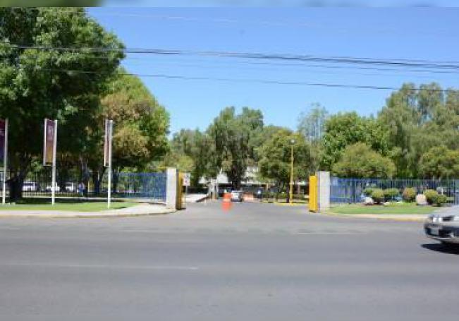 Estudiantes de la Universidad Autónoma de Aguascalientes (UAA) denunciaron que sujetos que se desplazan en motocicleta