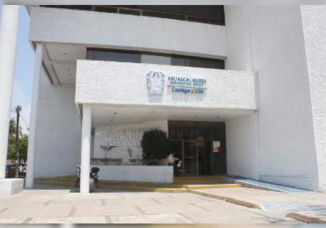 Piza Jiménez, ex-diputado del PRI y ex-director del Seguro Popular, se convierte en el tercer secretario de Salud que es nombrado en solamente tres años