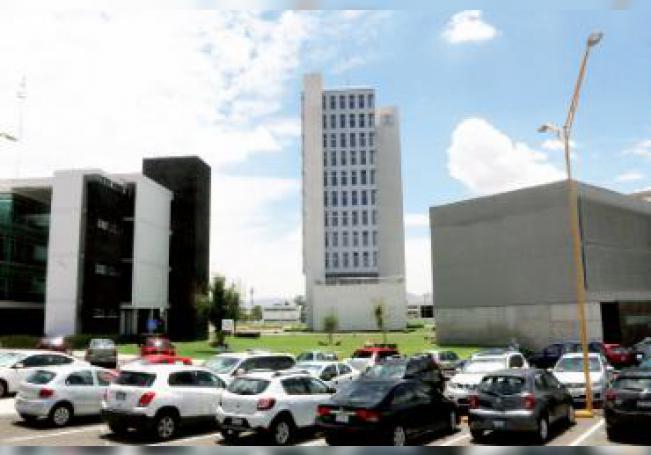 La Junta de Gobierno de la UAA tendrá de 1 al 7 de diciembre para elegir entre los dos candidatos a rector.