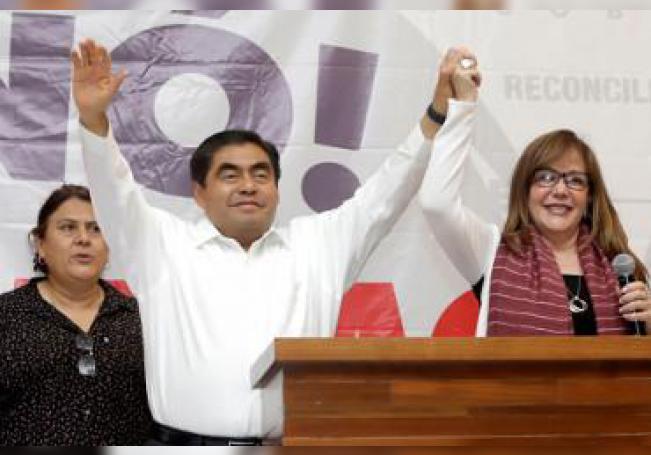 Miguel Barbosa, candidato a la gubernatura del estado de Puebla (México), por el partido Movimiento Regeneración Nacional (Morena),