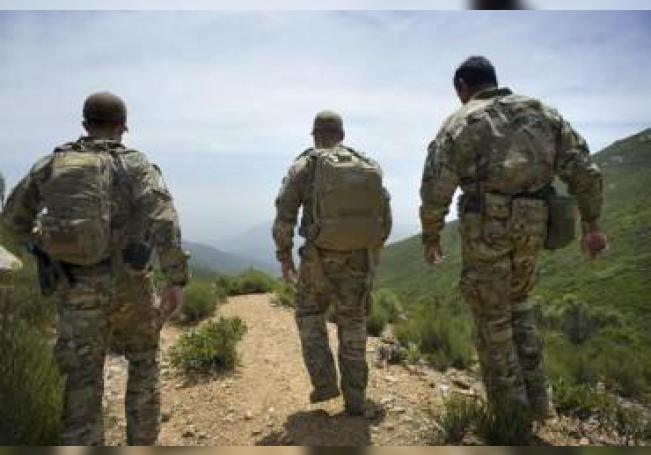 El gobernador de Texas, Greg Abbot, anunció este viernes que apostará otros mil soldados de la Guardia Nacional a lo largo de la frontera con México
