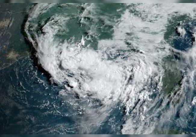 El Centro Nacional de Huracanes informó que se espera a partir del jueves una tormenta tropical en el norte del Golfo de México