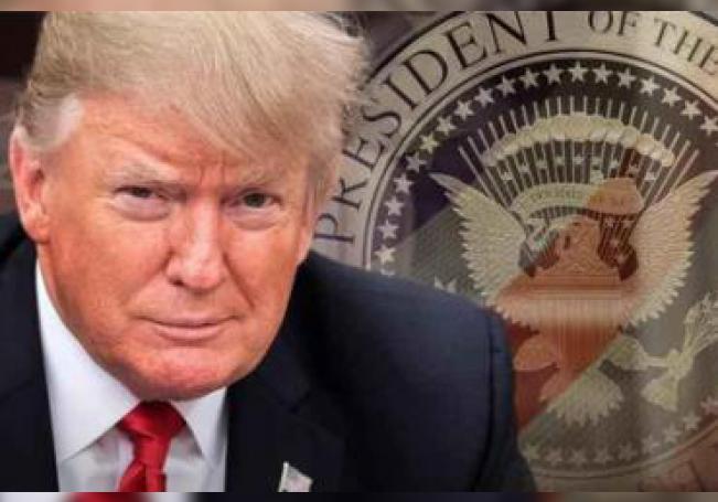 El Departamento de Seguridad Nacional de EE.UU. (DHS, por sus siglas en inglés) dio a conocer este lunes una versión de la regla, que está diseñada para que los inmigrantes con bajos ingresos no puedan llegar o permanecer en el país.
