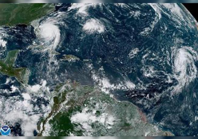 El huracán Dorian bajó su categoría a 2 pero creció frente a las costas de EE.UU.