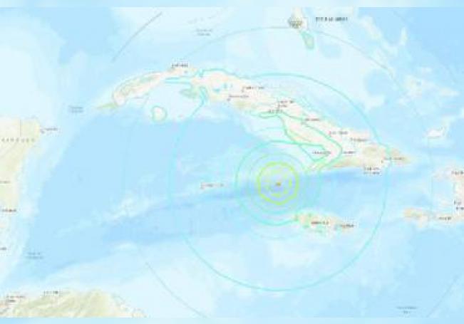 El Servicio Geológico de Estados Unidos informó que no hay aviso de tsumani por el sismo pero que se espera que provoque olas de altura elevada en Belice, Cuba, Honduras, México, Islas Caimán y Jamaica.