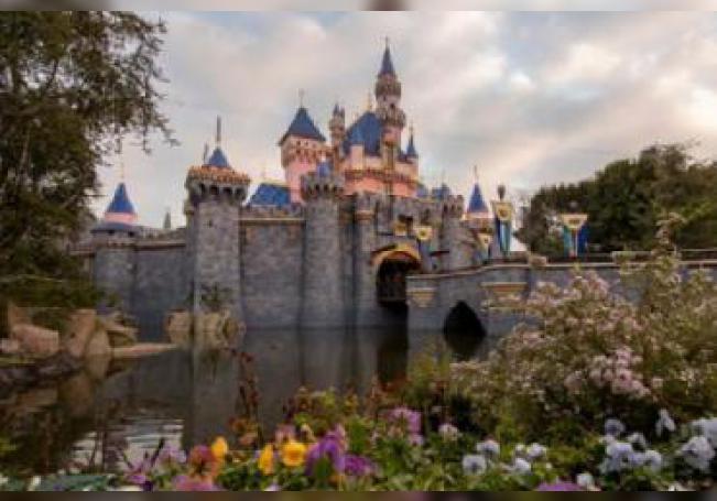 Esta es la cuarta vez que el parque Disneyland de California cierra en toda su historia.