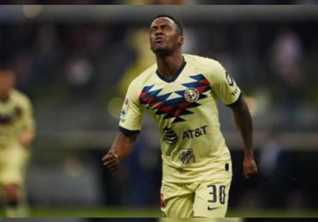 El futbolista negó el presunto caso de violencia familiar.