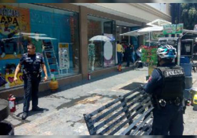 El hecho tuvo lugar en un local del andador Juárez, en el primer cuadro de la capital.
