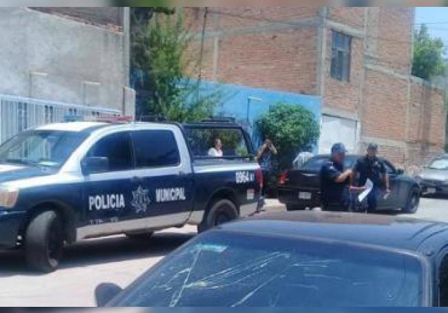 Al sitio arribaron elementos de la Policía Municipal de Aguascalientes.