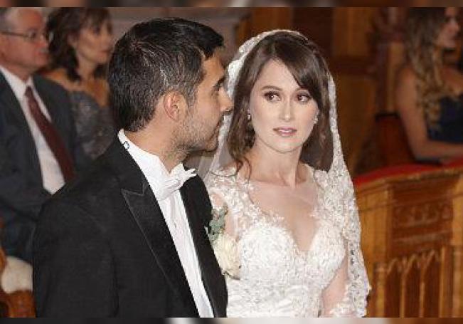 Felices lucieron Abdul y Berenice en el día más importante de sus vidas.