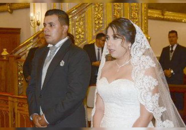 Pabel y Alejandra ya son marido y mujer.