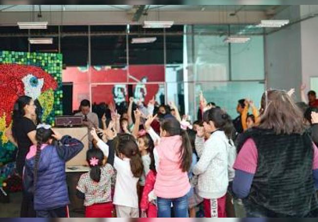 Inauguración de las exposiciones infantiles en la Casa de Animación Cultural Oriente.