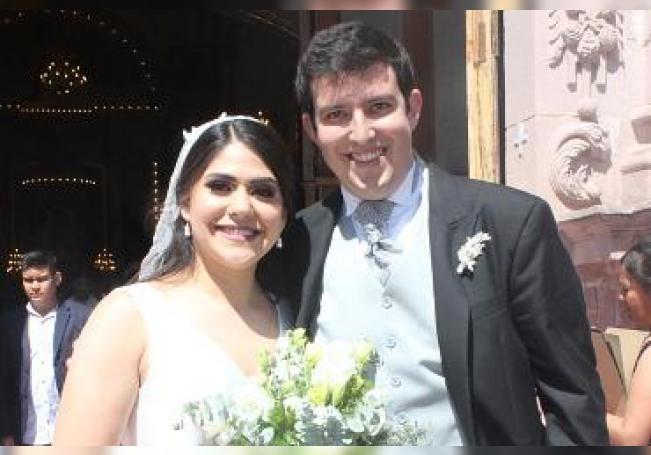 Los recién casados Cynthia Crisel Durán Villalpando y Abraham Moreno Jiménez.