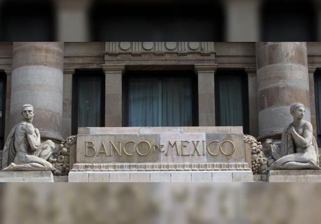 Banco de México extiende intercambio de divisas con la Fed a marzo de 2021