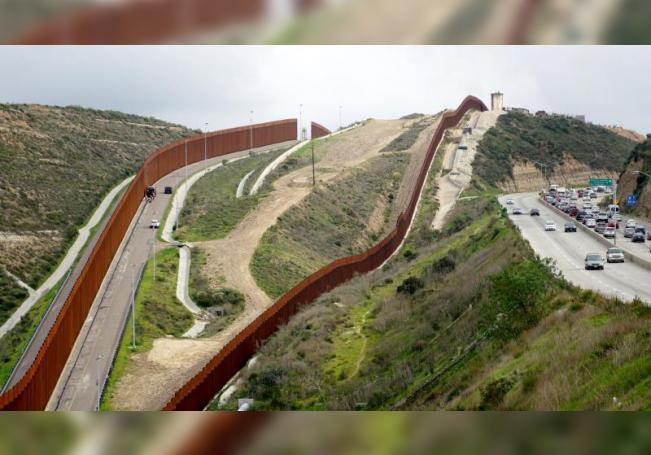 Supremo de EE.UU. rechaza de nuevo bloquear el desvío de fondos para el muro
