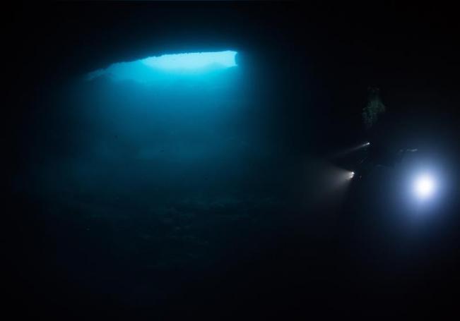 Fotografía cortesía del fotógrafo Rodrigo Friscione, con fecha del 23 de marzo de 2019, donde se observa uno de los 5 cenotes de agua dulce en Isla Mujeres Quintana Roo (México). EFE/Cortesía Rodrigo Friscione/SOLO USO EDITORIAL/NO VENTAS/MEJOR CALIDAD DISPONIBLE