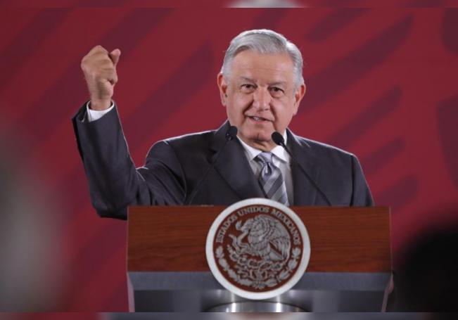 El presidente de México Andrés Manuel López Obrador, ofrece su conferencia de prensa matutina en el Palacio Nacional, en Ciudad de México (México). EFE/ Sáshenka Gutiérrez/Archivo
