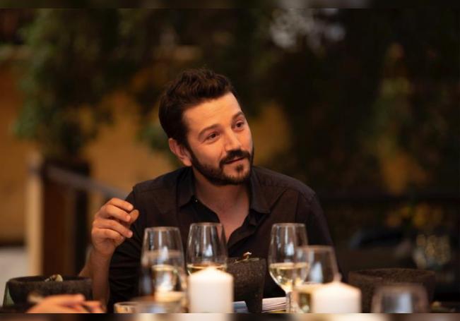 Diego Luna pone sobre la mesa las delicias de México y los problemas sociales