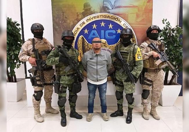 Fotografía cortesía de la Fiscalía de Justicia del estado de Guanajuato, que muestra la detención de José Antonio Yépez, alías 'el Marro'. EFE/Fiscalía de Justicia del estado de Guanajuato/SOLO USO EDITORIAL/NO VENTAS/MÁXIMA CALIDAD DISPONIBLE